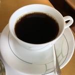 コーヒーショップ ダイニングカフェ カメリア -