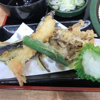 ゆで太郎 大宮ラクーン店 - 天ぷら。 美味し。