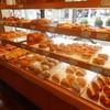 Cafe & bakery AZALEE - 料理写真:店内
