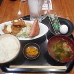 水道橋酒場 多喜乃や - 分厚いハムカツとチキン南蛮定食¥680-