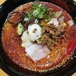 山嵐 - 料理写真:赤スープ 850円