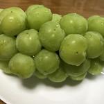 山銀ぶどう園 - 料理写真:瀬戸ジャイアンツ
