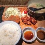 91477871 - おろしポン酢鶏ハンバーグ+炭焼鶏もも照焼