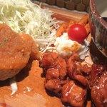 91477874 - おろしポン酢鶏ハンバーグ+炭焼鶏もも照焼