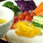 8種野菜のバーニャカウダ