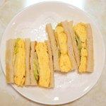 91481875 - モーニングA 500円 の玉子トーストサンドゥイッチ