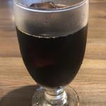 91488838 - サラダセット ¥150 のアイスコーヒー