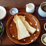 ごはん×カフェ madei - トーストセット