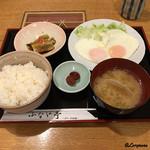 91497675 - 目玉焼定食