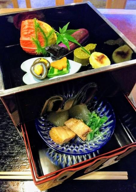 錦 - 桜宿膳、上段、下段