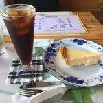 カフェポルト - 料理写真:ケーキセット 650円