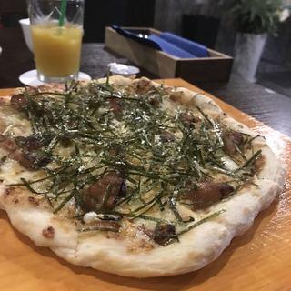イタリアンバル HARU - テリヤキピザ。 美味し。