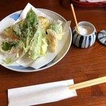 そばきり 萬屋町 助六 - 季節の天ぷら 1,000円