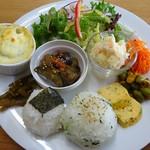 ツキカフェ - 料理写真:ワンプレート(スープ付)850円