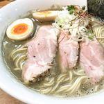 三代目 麺屋みちしるべ - 料理写真: