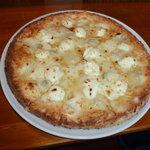 ナストロ  - クワトロ ビアンコ(4種類のチーズ、トマトソース抜き)