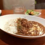 つむぎカフェ - まろやかビーフストロガノフ800円