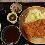 とんかつにしき - 『ロースかつ定食』(税込み1291円)