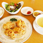 中国料理 伍福殿 - 料理写真:国産若鶏の唐揚げのランチセット