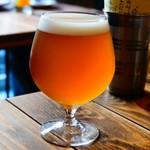 さかづき Brewing - Cluster×Sakaduki Pastis Ale(スパイスエール)