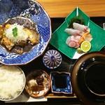 出汁さんろくぼう - 料理写真:煮魚定食