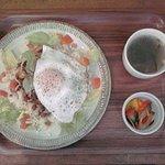 ブックカフェ 羊の散歩堂 - タコライス:780円(税込)【2018年8月撮影】