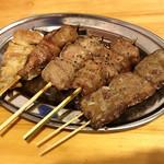 肉maroおとんば - れば / はつ / たん / ちれ / しろ 各¥90