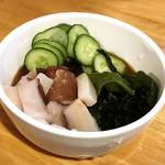 肉maroおとんば - タコときゅうりの酢の物 ¥380