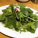 肉maroおとんば -  ・農園産直サラダ ¥380