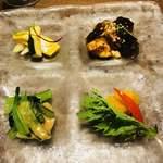 91541750 - 健康野菜のオードブル4種盛合せ 青梗菜の白胡麻バター 茹で南瓜のオレンジ漬け コリンキーと胡瓜とセロリのマリネ 湯葉と胡瓜の黒酢ジュレ