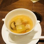 91541752 - 冬瓜 金華ハム 鶏肉入りスープ 干し貝柱風味
