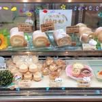 つまんでご卵 ケーキ工房 - 糸島ロールや、つまんでご卵のプリンが人気のようです。