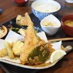 魚と燻製の店 さんばんや - 穴子天ランチは¥1500税込