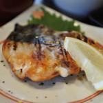 魚と燻製の店 さんばんや - 鰆の幽庵焼き
