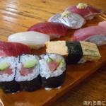 美よし鮨 - 料理写真:にぎり寿司