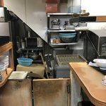 華家 - 厨房不衛生です。