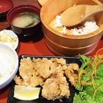 91554515 - 1808_EDOSAWA -江戸沢-_Karaage Meal Set@58,000Rp(唐揚げおひつ定食) おひつからご飯よそうの楽しいですね!