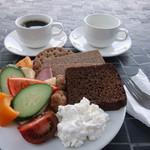 スターバックスコーヒー - 番外編の美味しい黒パン