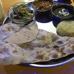 インド料理 ムンバイ - 2種のカレーセット920円