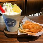 The Shake & Chips Tokyo - シェイク アンド チップス (ピニャコラーダ ウィズ ライム)