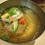 冷麺館 - ビビンバ定食の冷麺
