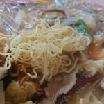 珉珉 - ・パリパリ中華麺