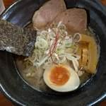 麺屋まるか守破離  - 料理写真:三獣ラーメン醤油780円