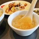 華琳 - 料理写真:日替わり(★二品)700円、ライス・スープ付き