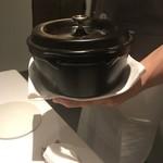 クッチーナ イタリアーナ ガッルーラ - 仔羊の藁焼き