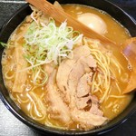 ぶっきら坊 - 料理写真:辛味豚骨