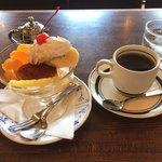 微巣登路 - プリンとブレンドコーヒー