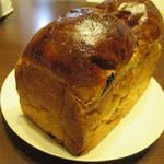 91588178 - レーズン入り食パン