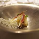 富小路 やま岸 - ⑤冷菜<TOYO>明石の鯛、柑橘の晩柑にフェタチーズ。