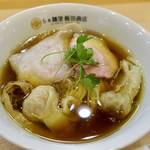 91592649 - わんたん入り醤油らぁ麺(1100円)